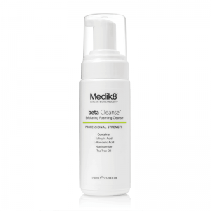 Clarifying_foam_Medik8_Beta_cleanse_150ml_beautymailbox.co.uk